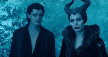 angelina-jolie-in-maleficent-movie-14