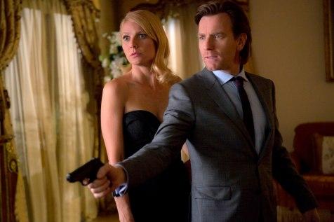 Johanna (Gwyneth Paltrow) und Inspector Martland (Even McGregor)